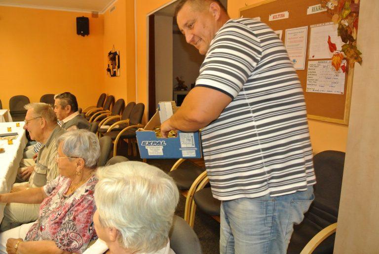 Seniory zajímá sociální bydlení, bezpečnost i další těžba uhlí